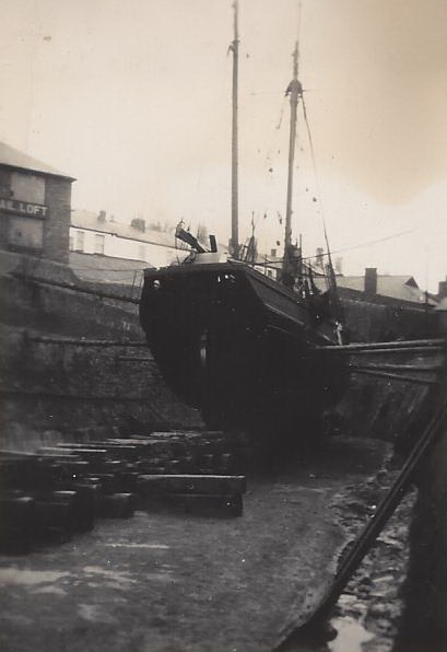 07. Ceres in dry-dock