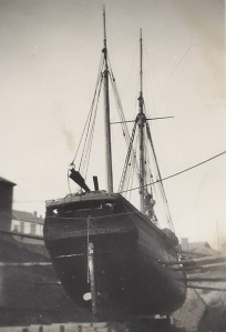 08. Ceres in dry-dock, possibly Appldeore