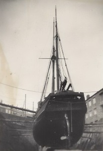 09. Ceres in dry-dock