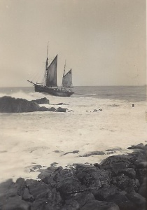 10. Ceres leaving Bude