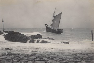 11. Ceres leaving Bude