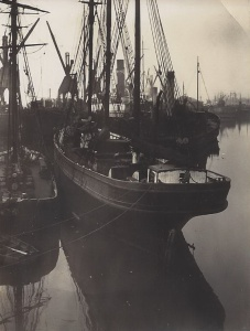'Uncle Ned' of Dublin, built 1867 by Robertson, Ipswich. The small schooner alongside is 'Brackley' of Liverpool, 68 tons. She ('Brackley') went ashore at St Patrick's Bridge, Kilmore and became a total wreck as recently as  September 30th (no year given)