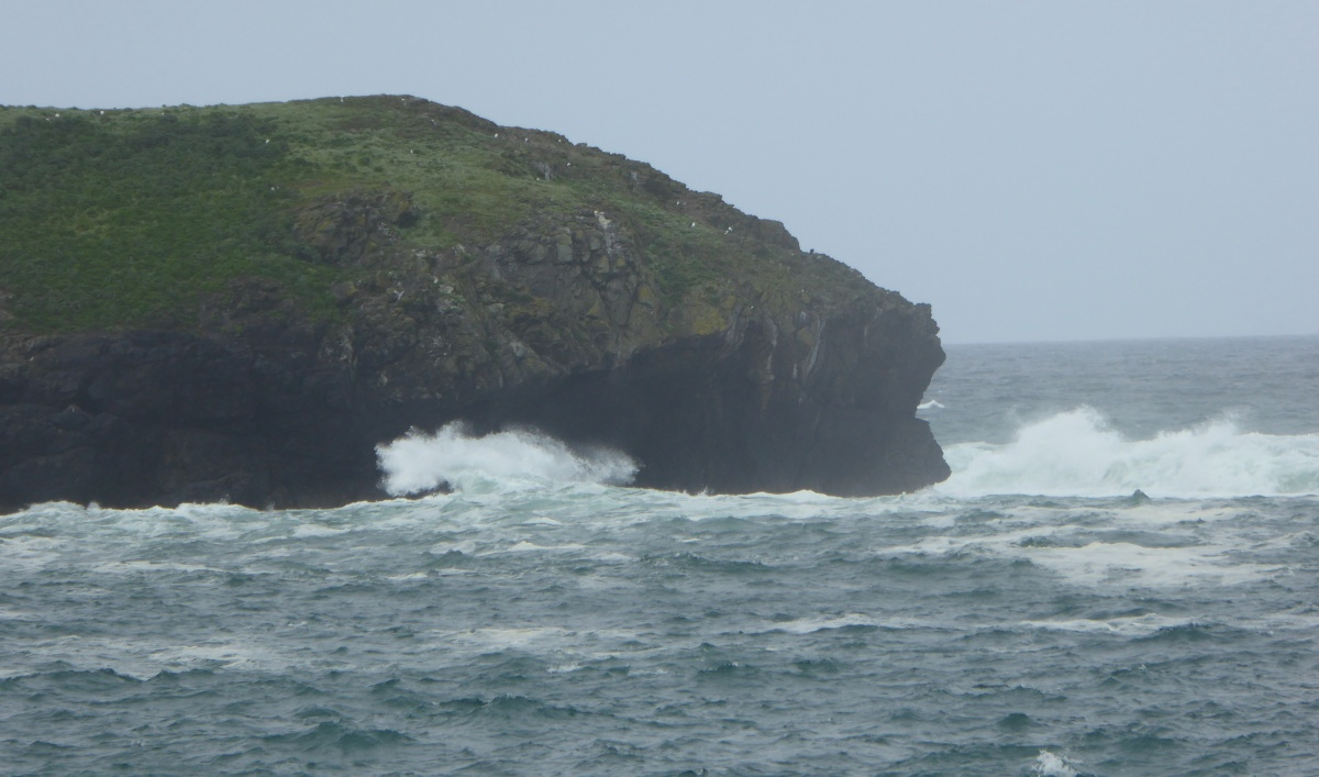 Mullion Cove - a slight swell and a storm